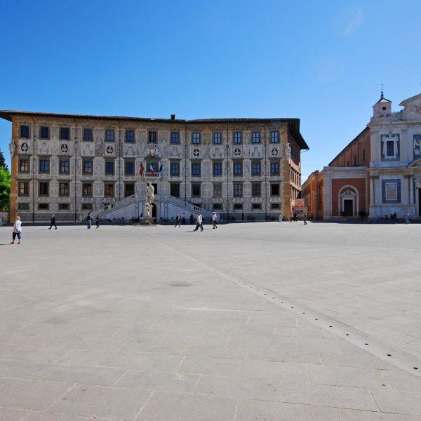 Piazza Cavalieri - Flamed Flooring