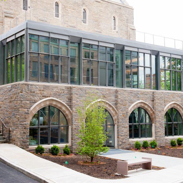 Ticonderoga Granite® - Ledge Stone