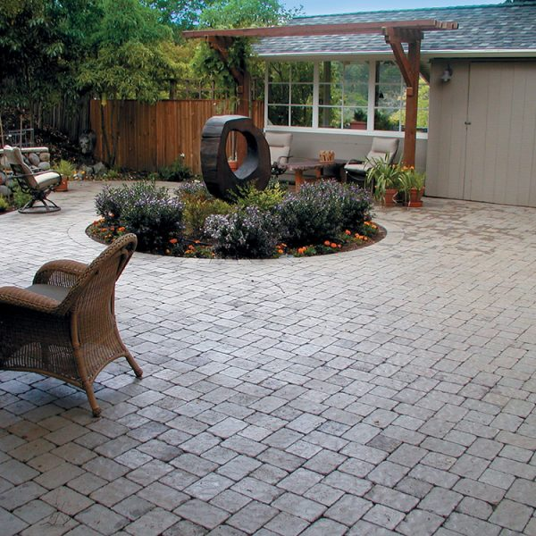 McNear - Old County Cobble Stone, Charcoal Gray